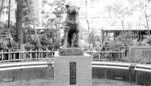 渋谷駅前の忠犬ハチ公像